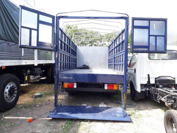 Xe tải 7 tấn Hyundai 110s thùng dài 5m