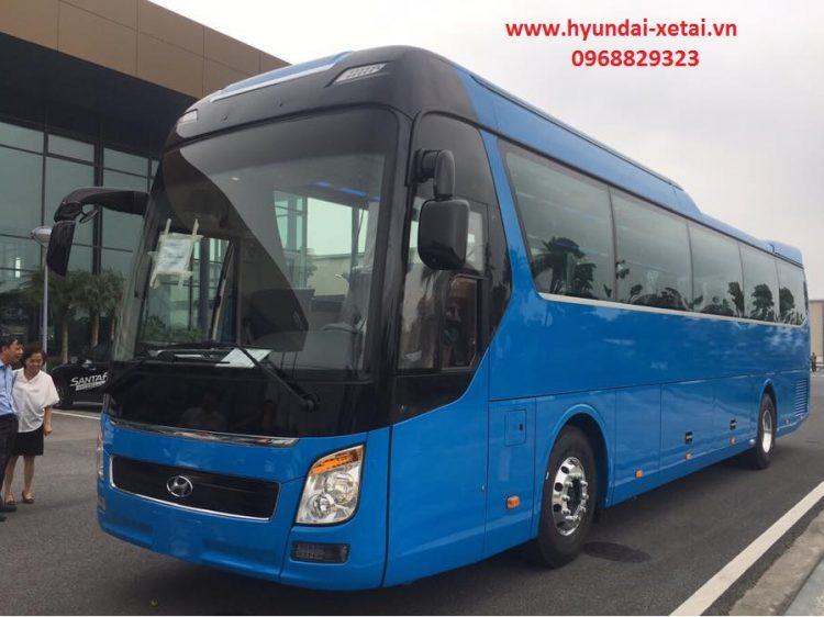 Xe khách 47 chỗ Hyundai Universe Modern – 2020