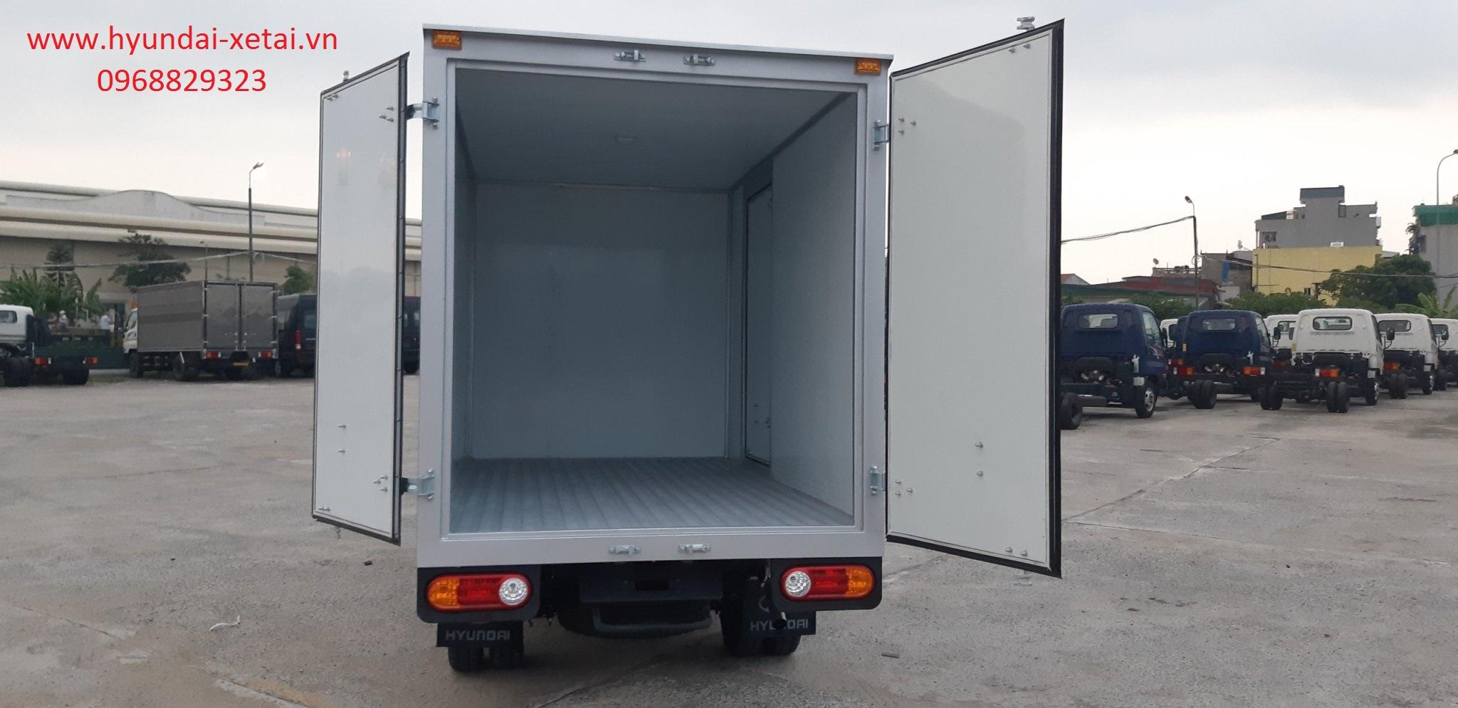 Giá lăn bánh xe tải hyundai 2020