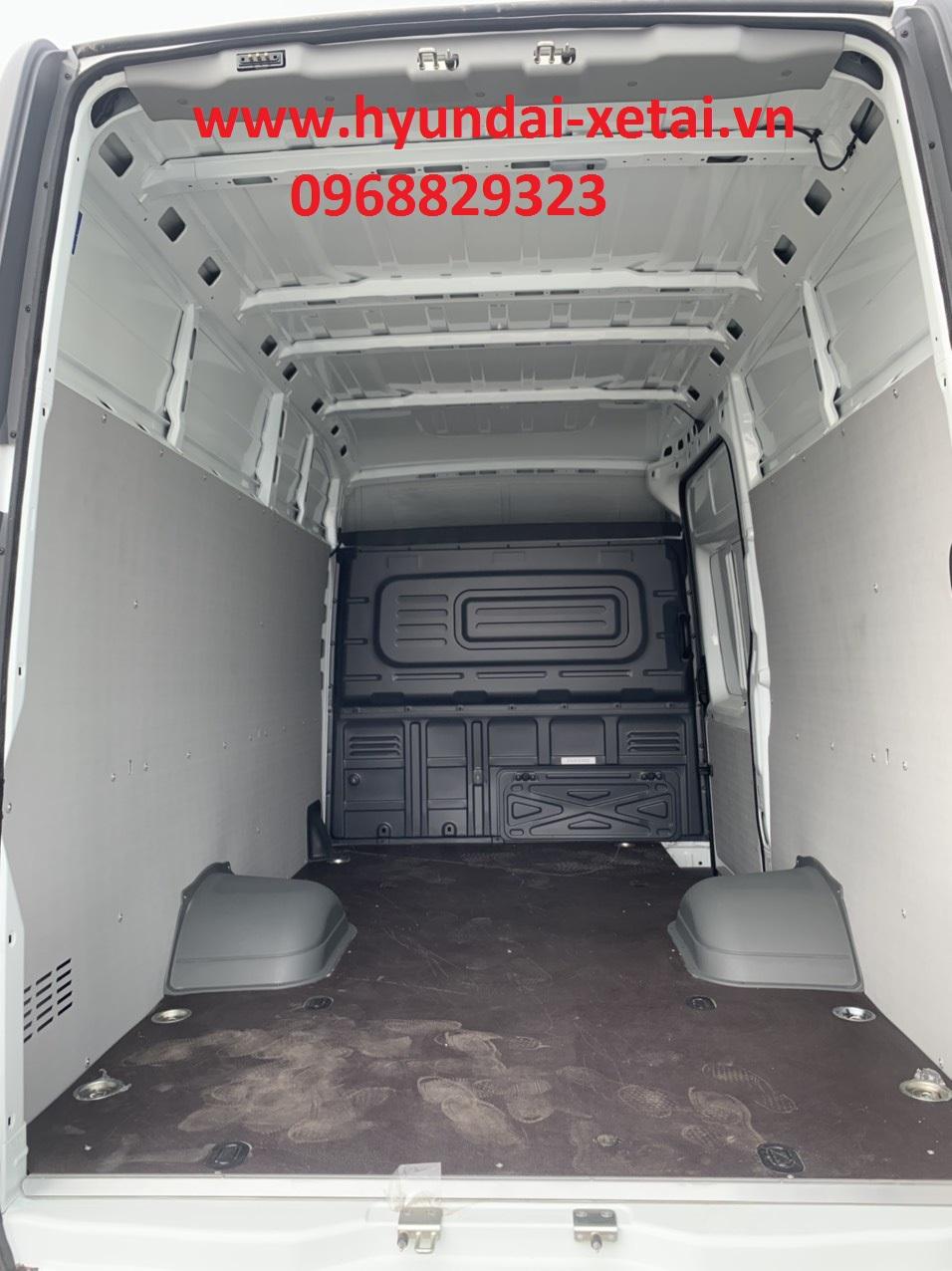 Xe gaz van tải 835kg