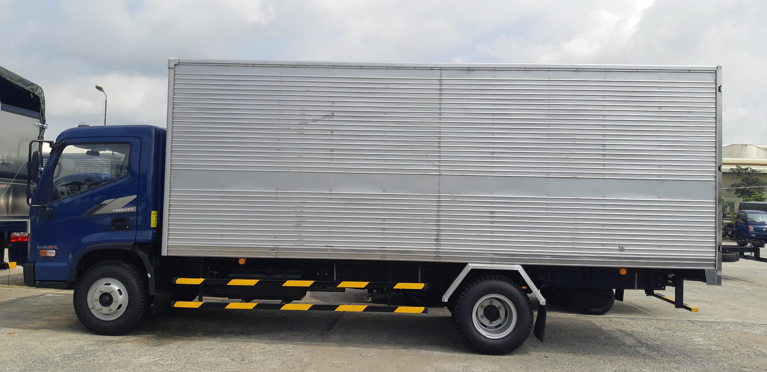 Xe tải 8 tấn hyundai 2021