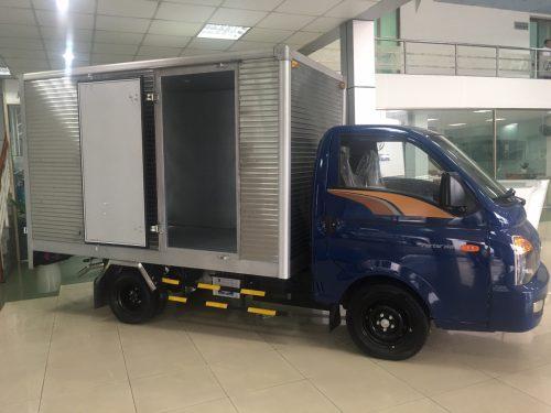Hyundai 1.5 tấn thùng kín inox